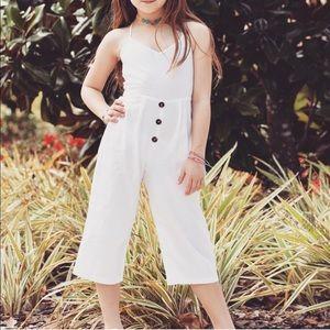 Other - Girls white Capri cotton jumper size 7-8